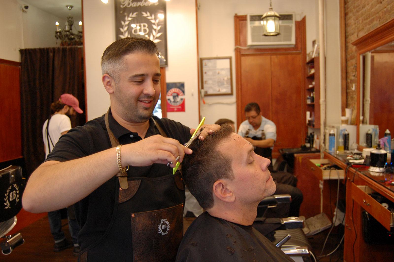 Barbers Blueprint 181 Mulberry-Street Arthur cutting hair